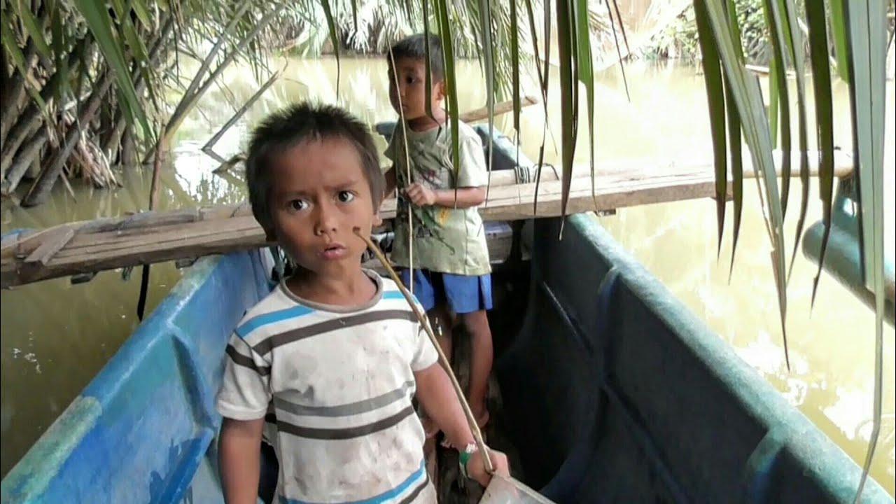 Adit & Mamet || Gabol_Mancing di Sungai Saat Banjir || Bocah Ngapak Gokil