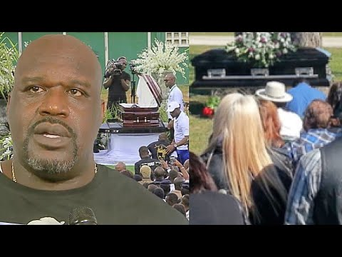 Shaq and NBA Players At Kobe Bryant Memorial (Hard Not To Cry)