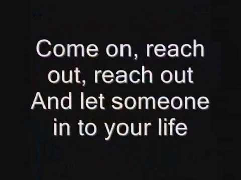 Iron Maiden - Reach Out Lyrics