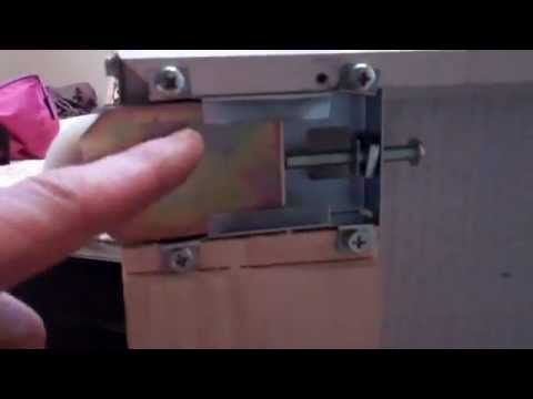 Sliding Glass Door Closet Door Repair Youtube