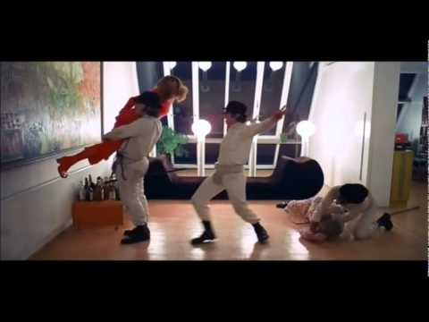 A Clockwork Orange - I'm Singing In The Rain
