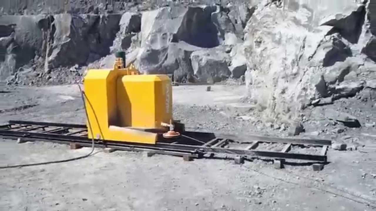 DIAMOND WIRE SAW S975EG IN BASALT QUARRY - VITERBO (ITALY) - YouTube