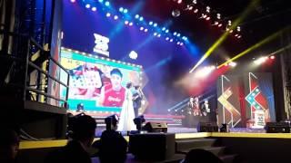 """[Fancam] 170106 Giải thưởng """"Nhóm nhạc triển vọng của năm"""" @Yan Vpop 20"""