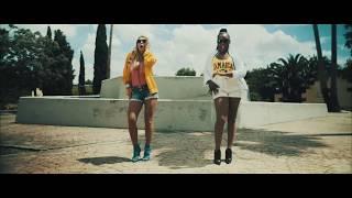 Reina Saba ft Malena Gracia - Mira como Bailo (La Flota) (Oficial Video)