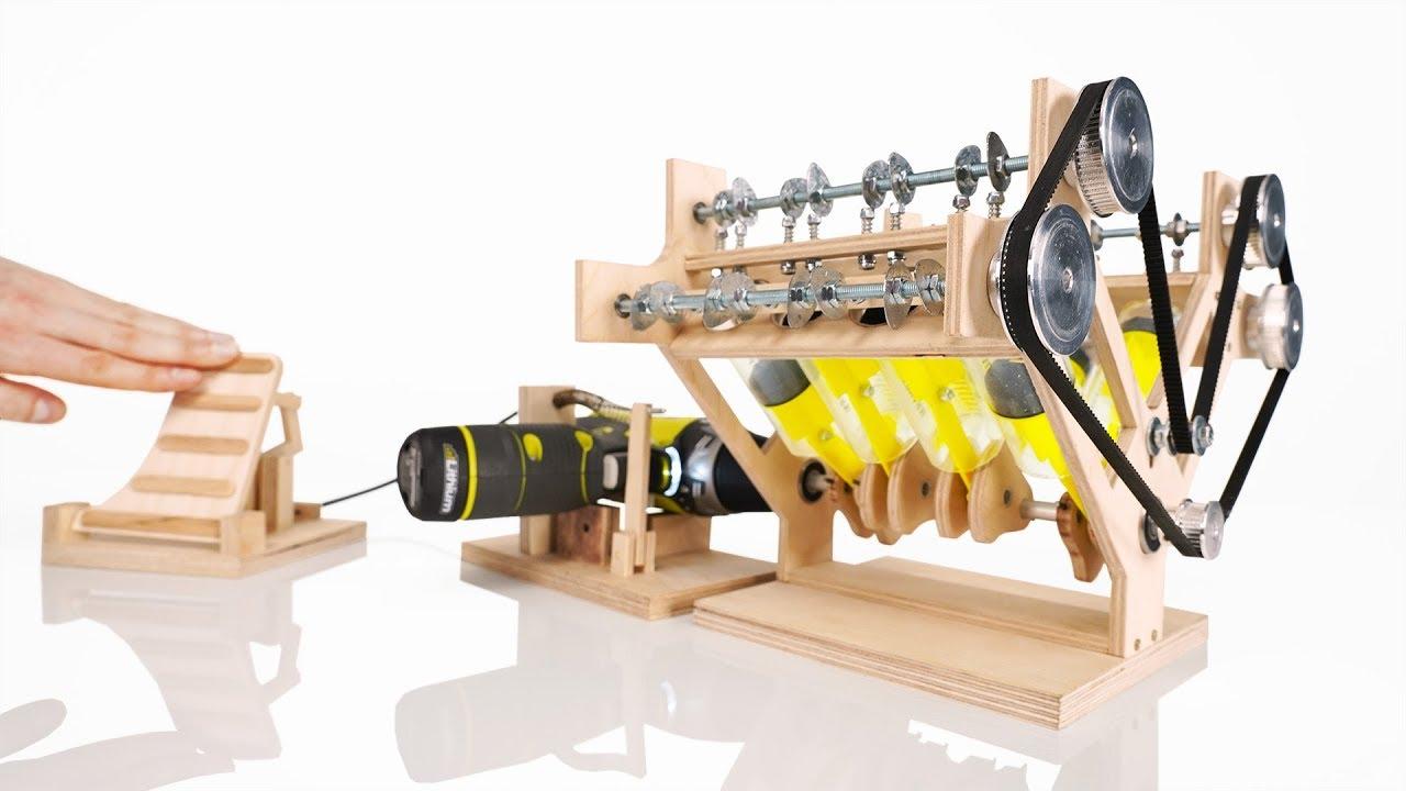 How it Works: V8 Engine Model