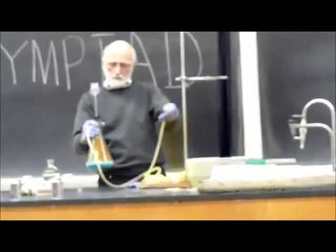 Epic chemistry teacher gives the best classes