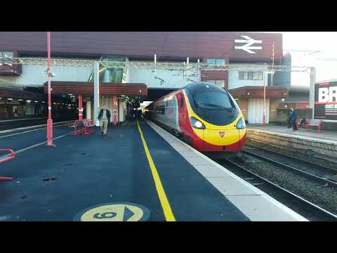 Trains at Birmingham International (25/11/2017)
