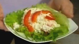 Салат из пекинской капусты и ананаса