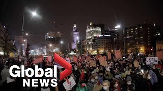 Poland protests: Thousands flood Warsaw streets demonstrating against abortion ruling for 9th day