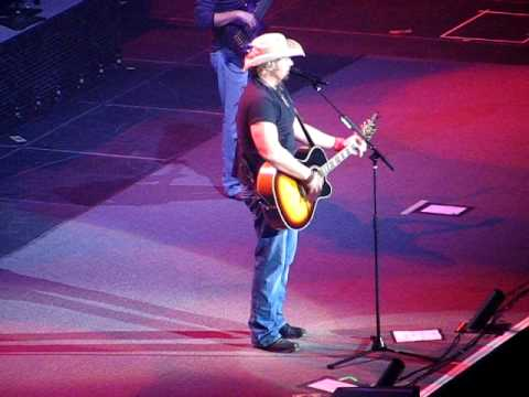 Toby Keith ~ I Love This Bar LIVE!