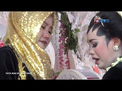 Sholli Wa Sallim Daiman_Temu Manten Yang Mengharukan... Tata Rias By Yunie Sigit