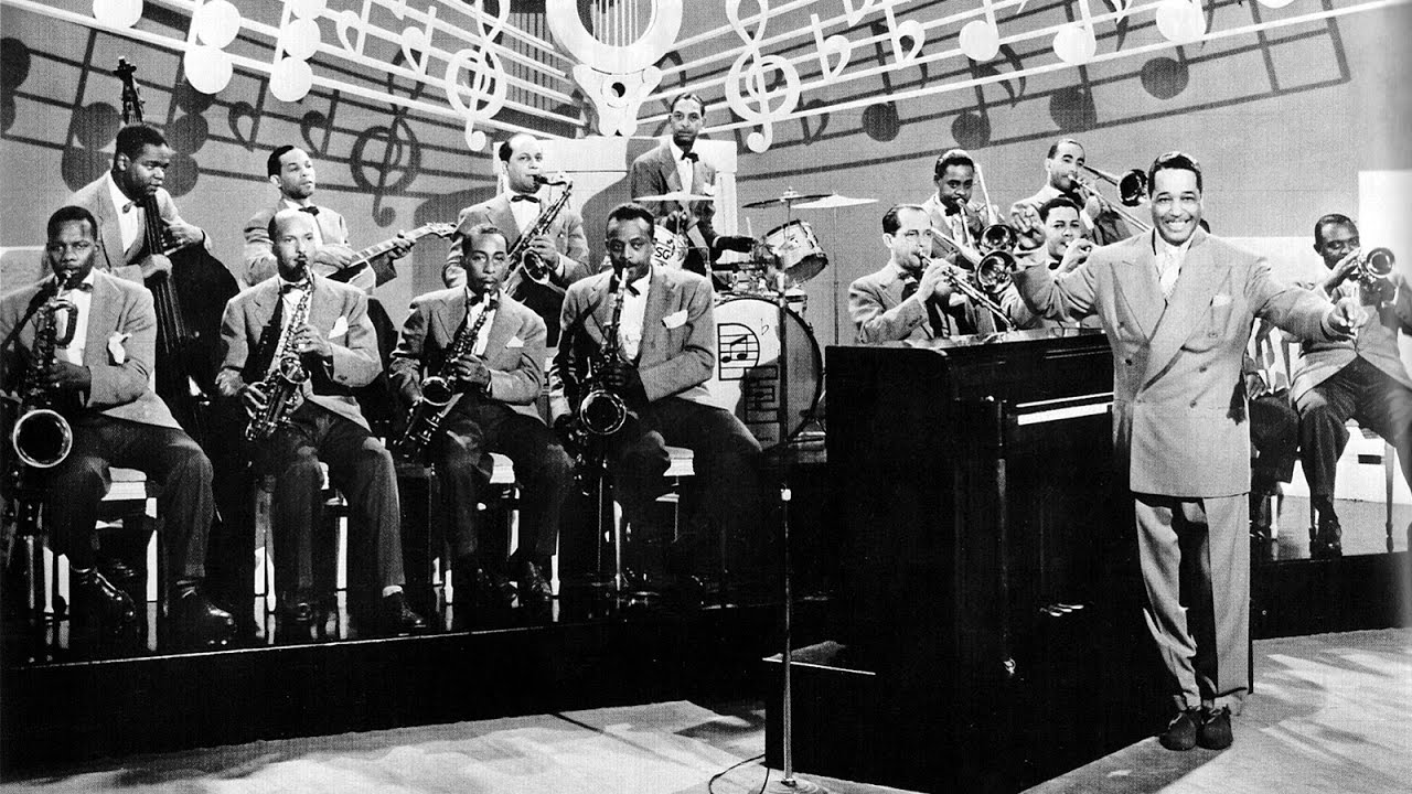 Duke Ellington And His Orchestra - Solitude / Delta Serenade