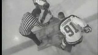 Sergei Fedorov vs Wayne Gretzky Faceoff