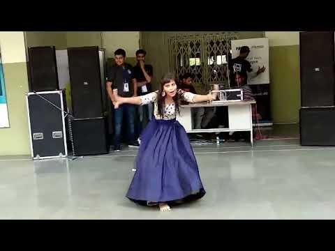 Best Solo Dance- Female @ IEC INNOVISION 2K18 || #echosmart