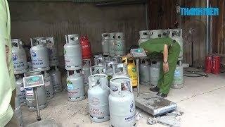 """Cơ sở sang chiết gas lậu """"giấu mình"""" trong bãi xe container"""