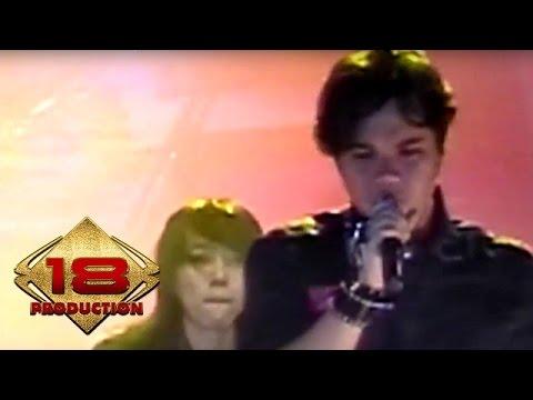 The Rock - Aku Bukan Siapa Siapa   (Live Konser Malang 05 Juni 2008)