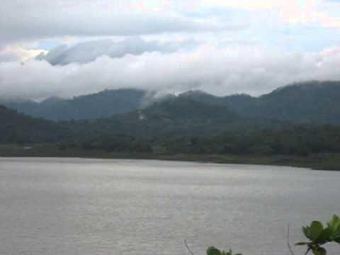 Victoria Hydro Energy Power Plant Reservoir. Pic by Namiz Musafer. Sri Lanka