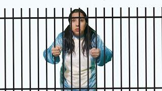 Kaydırakdan Kaydık Çocuk Kilidini Taktık دخلت البيبي السجن