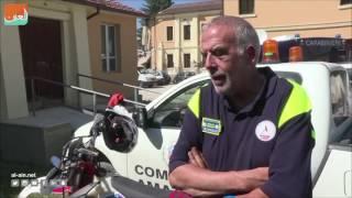 بالفيديو.. الدراجات النارية للبحث عن ضحايا زلزال إيطاليا