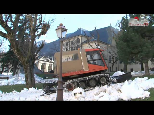 Enneigement de Saint-Jean-de-Maurienne Travel Video