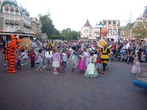 Danse avec Winnie et ses amis 10-08-11