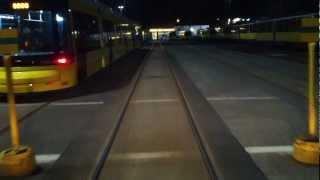 Hofrunde Betriebshof Lichtenberg Straßenbahn Berlin bei Nacht.avi