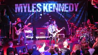 Download lagu Myles Kennedy covers Iron Maiden The Trooper 11 27 18 MP3