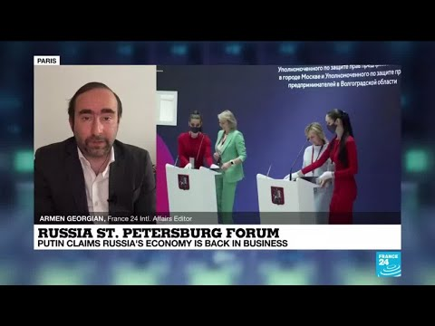 Russia gathers thousands for economic forum despite pandemic