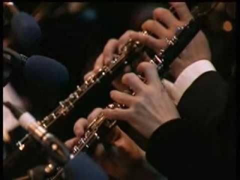 Lara's Theme de Doctor Zhivago por La Orquesta de la Ciudad de Praga