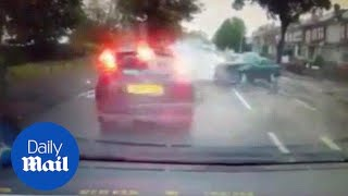 Dashcam footage shows four cars colliding in horrific crash - Daily Mail