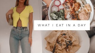 WHAT I EAT IN A DAY - QUARANTINE TIME | Fashion Influx
