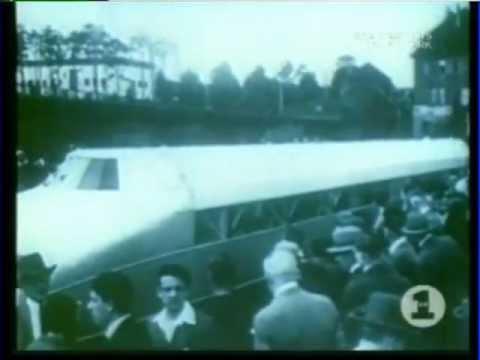 Kraftwerk Trans Europa Express 1977 Video (Trans Europe Express)