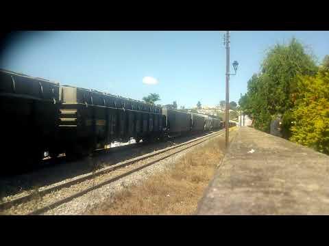 Trem da VL passando por São Vicente de Minas