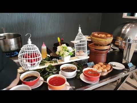 Emerald Restaurant - Rich Palace Hotel Surabaya - Breakfast Buffet