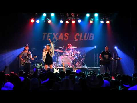 Kelsea Ballerini - Square Pegs (Live at The Texas Club)