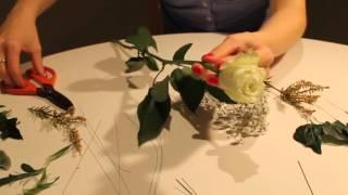How to make a wrist corsage
