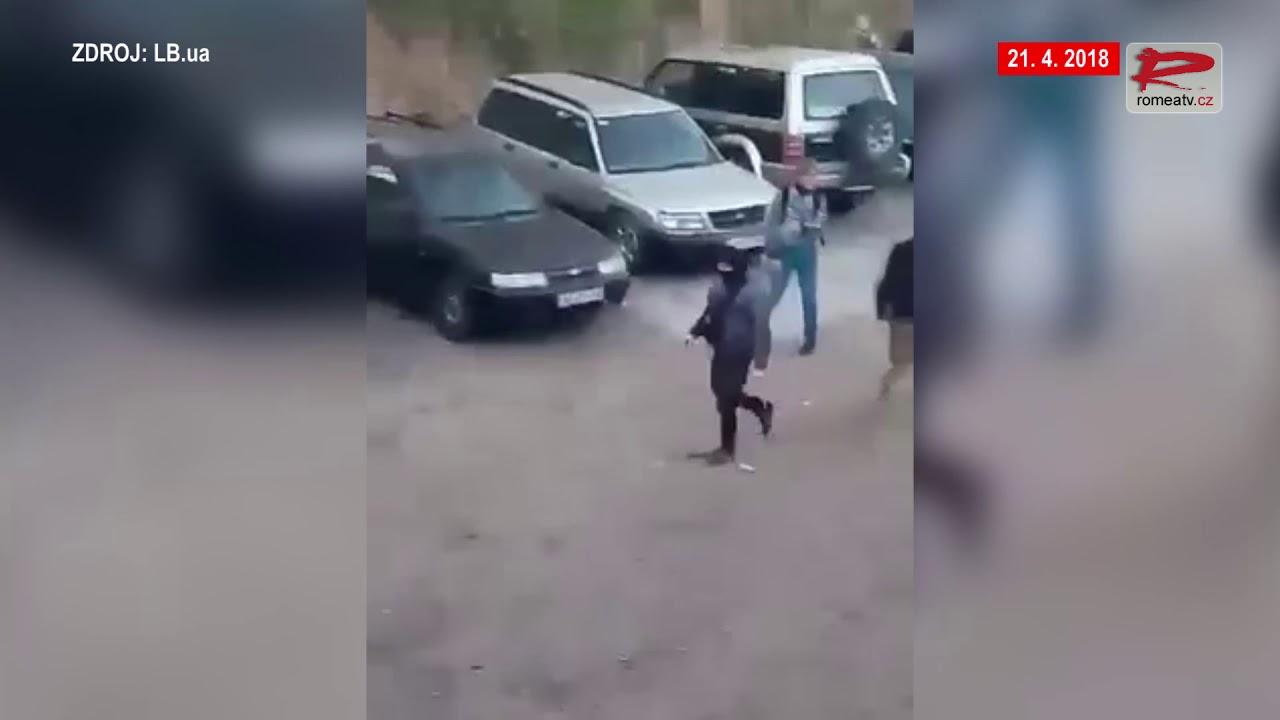Videa žen, které stříkají