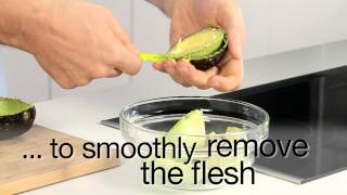 Kuhn Rikon avocado knife demonstration