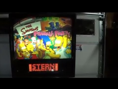THE SIMPSONS PINBALL PARTY PINBALL MACHINE - BY STERN