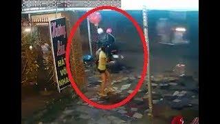 Siêu cướp - Thánh Grab táo tợn dàn cảnh ăn trộm ngay trước mặt chủ nhà - Góc Cảnh Báo - Biến TV