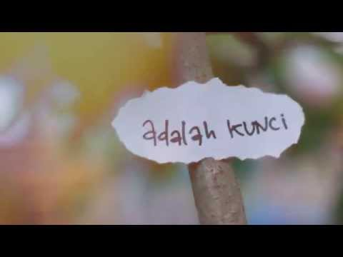 NIDJI-LASKAR PELANGI (LYRIC VIDEO)