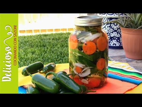 Auténtica Receta de Chiles en Vinagre / Authentic Pickled Jalapeño Peppers Recipe