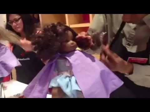 how to untangle and curl a curly hair american girl doll youtube. Black Bedroom Furniture Sets. Home Design Ideas