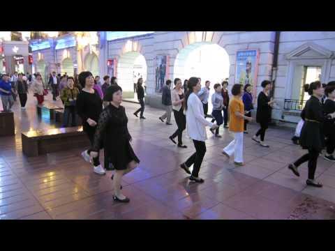 STREET DANCERS OF SHANGHAI