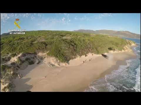 Vídeo de la persecución de la Guardia Civil a una narcolancha en Punta Paloma