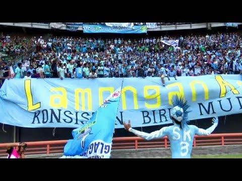 Berisiknya Ribuan Ultras Persela Teriakkan Chant di Stadion Bung Tomo Sby | Persebaya vs Persela