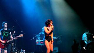 let s make love and listen to death from above live css