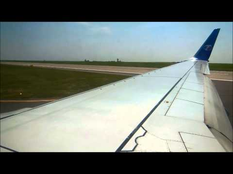 Boeing 737-800 Travel Service landing in Prague [FullHD]
