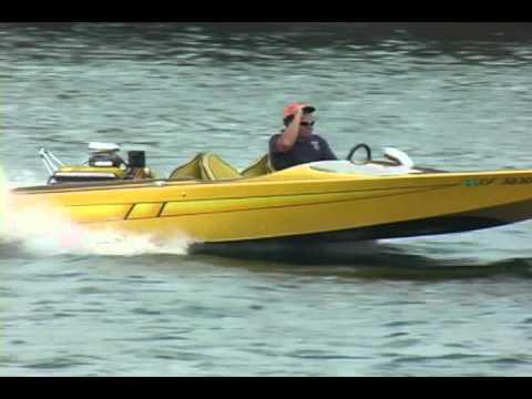 Hot Boats on the Colorado river- Needles 2007