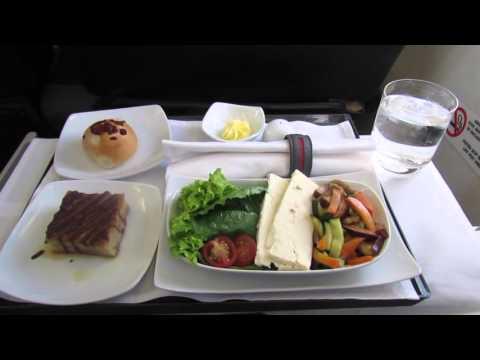 Business Class | Avianca (Taca) E-190 | Belize - El Salvador